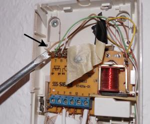 Kabel von 7 auf LW entfernen um internen Gong zu deaktivieren